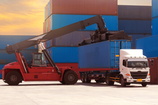 Major Benefits of Trucking Services